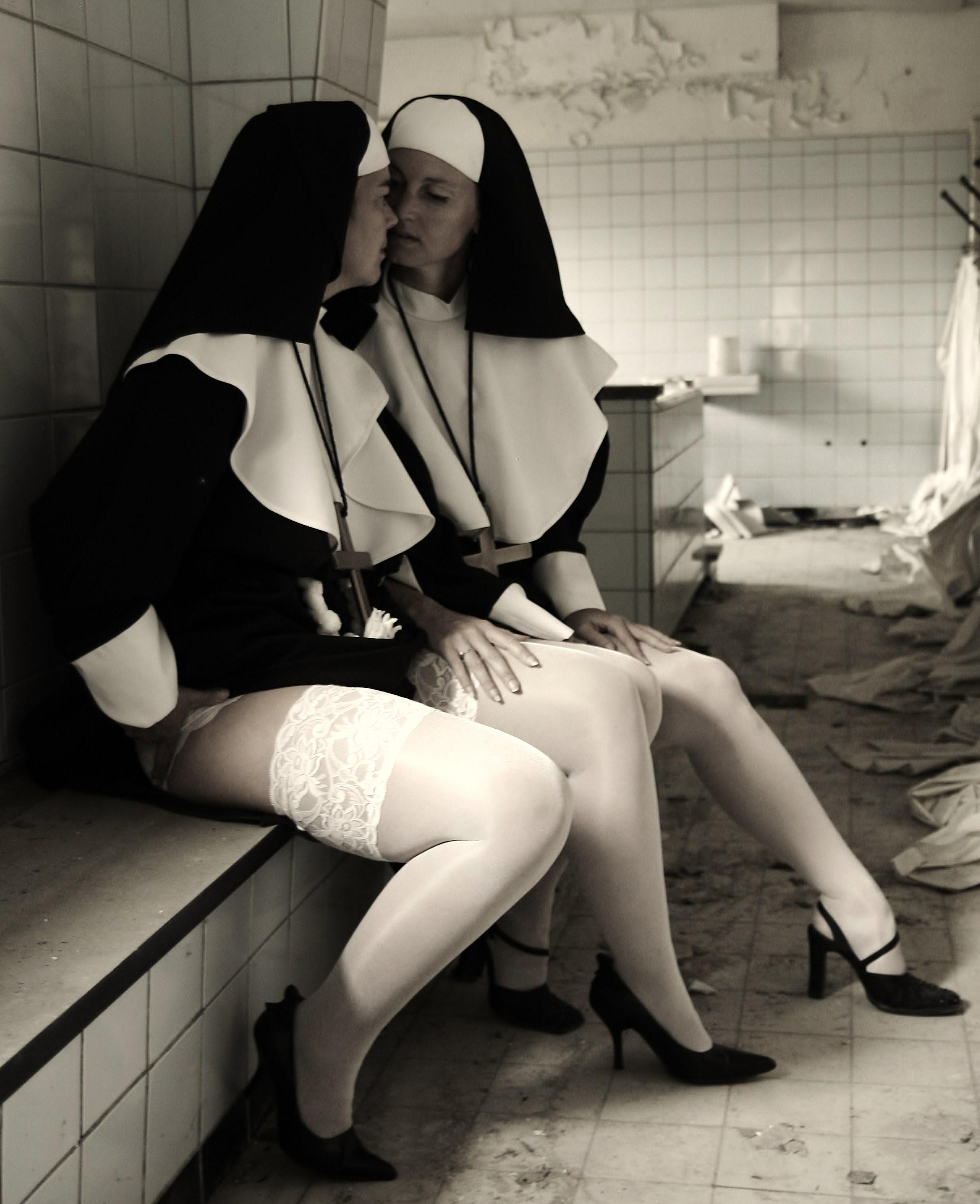 Bizarre Latex Nun Dominates Submissive Pupett