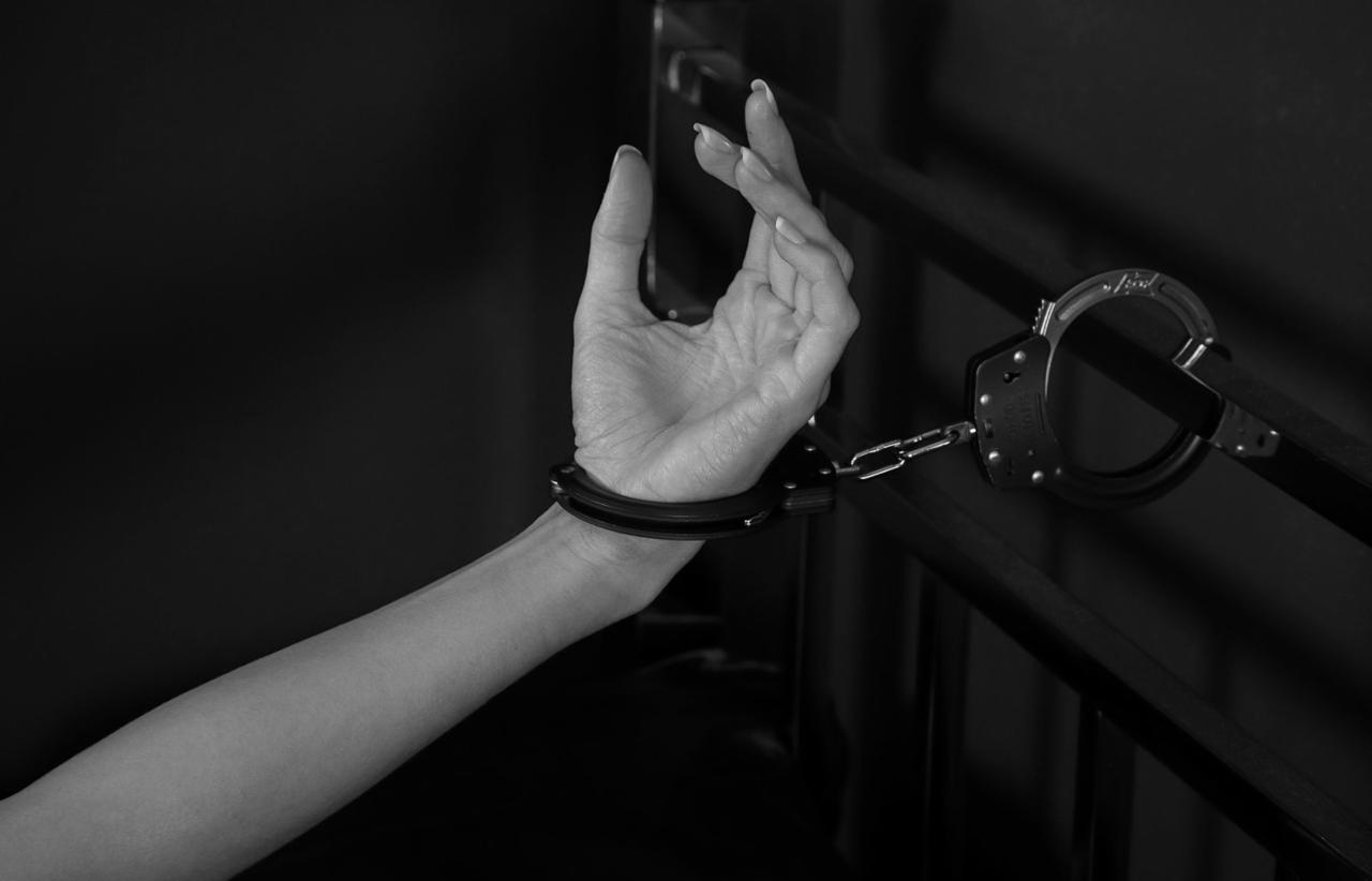 Эротический фильм наручники
